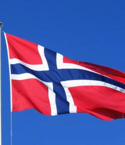 Die dummen Nazis und die norwegische Flagge!